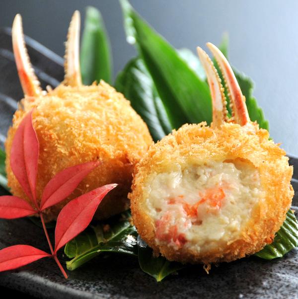 8月のコロッケの日は、「贅沢プレミアム海鮮クリームコロッケ」半額!!